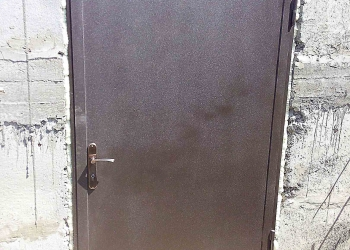 двери металлические2